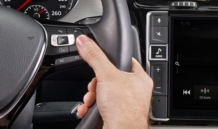 The Interface APF-X310MIB supports basic functions of original steering wheel remote control